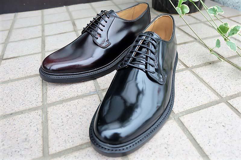 休日にも履ける革靴。