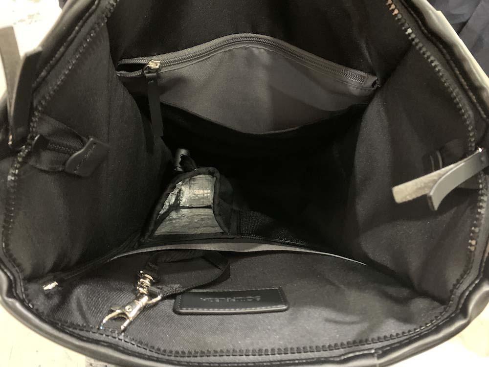 多機能バッグパック